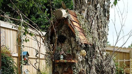Sherry's terrific miniature tree house