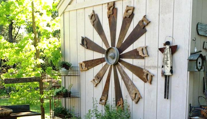 Katrina's garden art with recycled saws