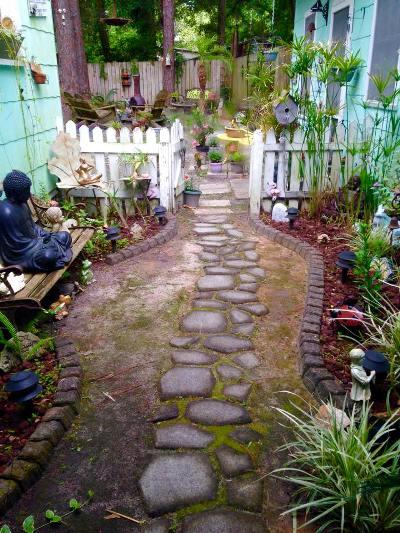 Susan Lowery's mossy freeform path