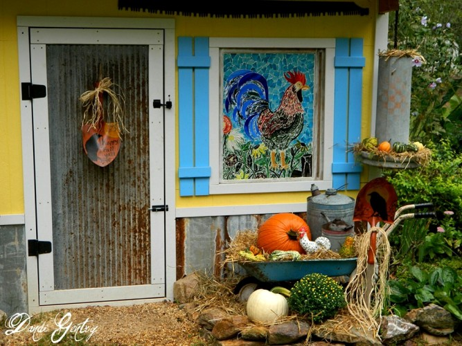Dandi's colorful Fall garden vignette