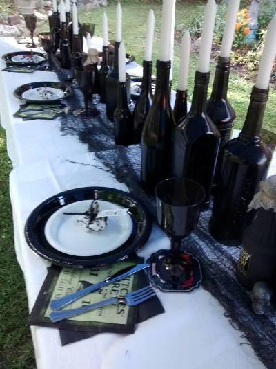 Spooky table settings