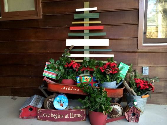 Christal O'Connor's rustic holiday tree