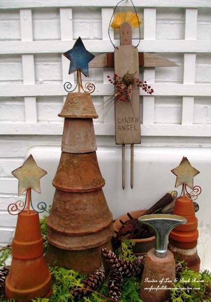 Our Fairfield Home & Garden‎'s clever Christmas trees