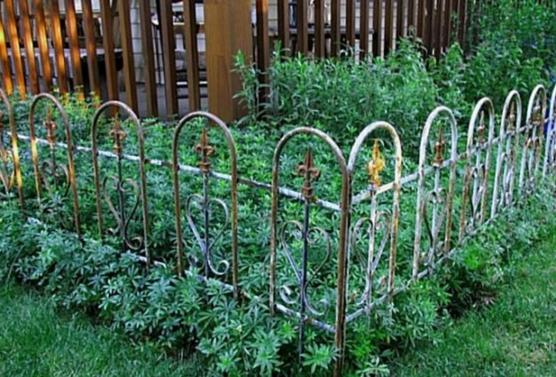 Kirk Willis rusty railing