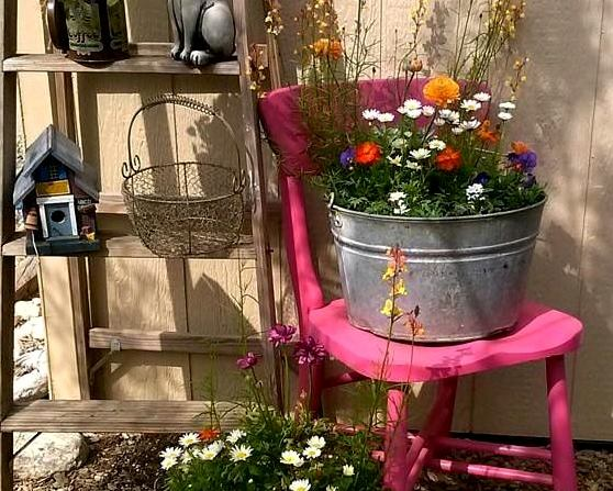 Perfectly painted garden chairs