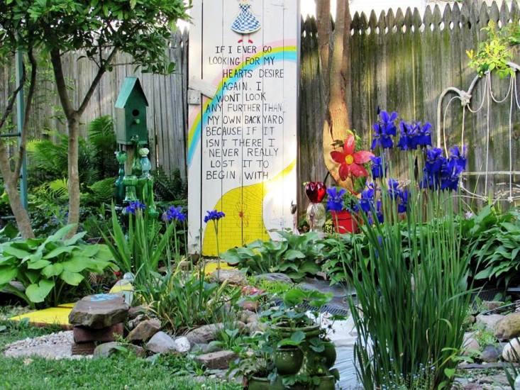 Vickie's 'Heart's Desire' garden