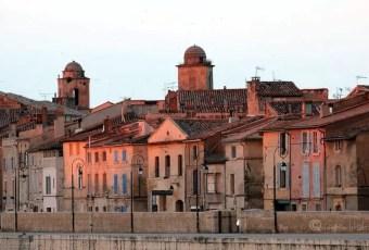 Arles flea market