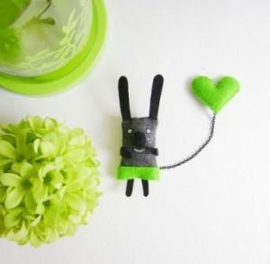 I have a Green Heart - double brooch