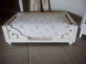 Pet Bed Creamy French Shabby Style