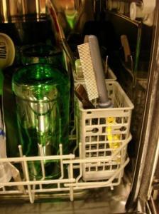 JW Grip Soft Comb Dishwasher Safe