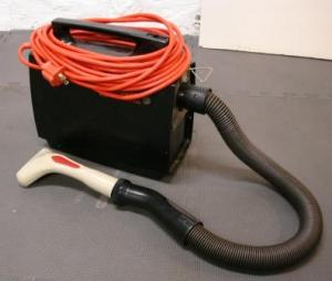 Miracle Care Deshedder not fitting on a Hoover