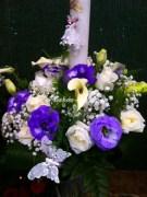 lumanari nunta arad trandafirii si lisianthus mov