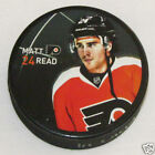 MATT READ Philadelphia Flyers PLAYER PHOTO PUCK 2013 NEW 24 Souvenir In Glas Co