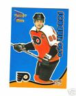 WOW2000 01 MCDONALDS PARALLEL BLUE INSERT 26 ERIC LINDROS HOCKEY CARD