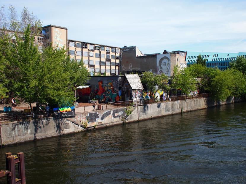 Street art Berlin | Flying Foodie.nl: www.flyingfoodie.nl/reizen/street-art-berlin