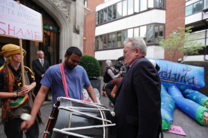 Vedanta security guard appears hurt by loud bass drum