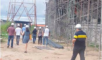 Rosana-Fernandes-diretora-de-Planejamento-da-Sepof-recebeu-informações-sobre-a-atual-fase-das-obras