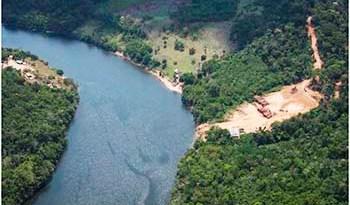 Clareiras-se-abrem-em-várias-partes-da-floresta-amazônica-fruto-do-desmatamento