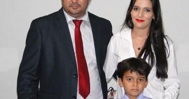 Vereador Macarrão esposa e filho- (Foto Juliano Simionato-Jornal Folha do Progresso)