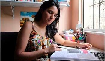 Conquista-da-estudante-Camila-Trindade-ainda-emociona-a-família-professores-e-amigos
