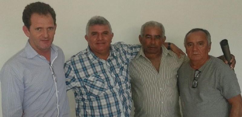 Vereador Edemar Oneta(PMDB), Secret. Adj. Incra e Dico Sintraf representando Novo Progresso.