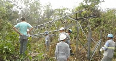 Queda de torre deixa Novo Progresso e moradores as margens da rodovia BR-163 no Pará sem energia elétrica (Foto WhatsApp)