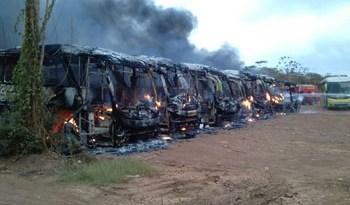 Ônibus-incendiados-em-Altamira