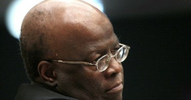 joaquim-barbosa-questionou-base-juridica-do-impeachme_1