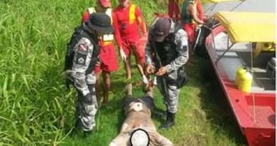 Corpo-de-um-dos-bandidos-resgatado-pelos-Bombeiros