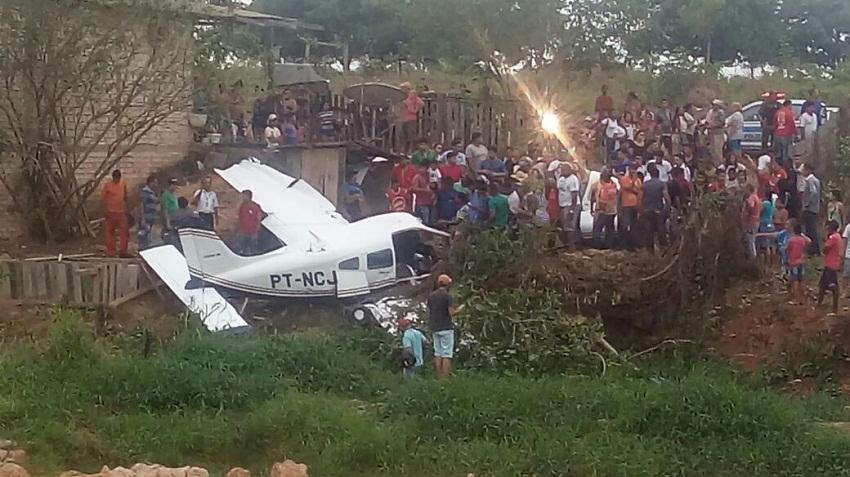Quatro corpos do acidente com aeronave são transladados