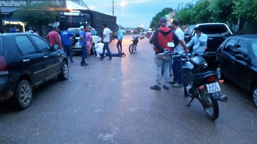 Acidente envolvendo duas motocicletas  deixa um ferido