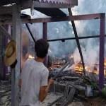 Incêndio consumiu totalmente casa de um dos pioneiros em Alvorada da Amazônia