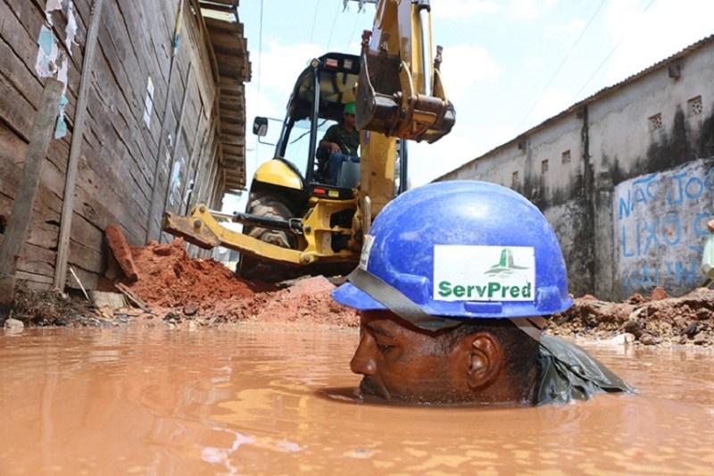 Técnicos estiveram no local. (Foto: Fernando Araújo/Diário do Pará)
