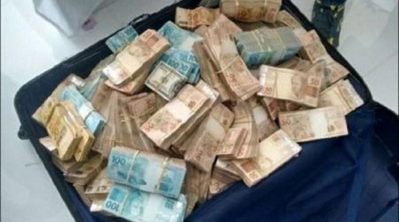 mala-de-dinheiro