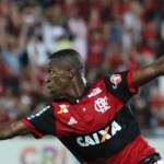 Flamengo despacha Atlético-GO com dois de Vinicius Junior