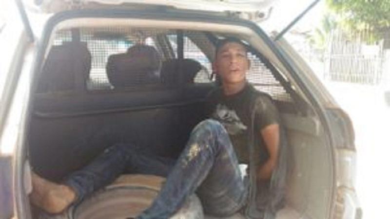 Um-dos-assaltantes-preos-pela-Polícia-300x169