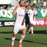Flamengo vence a Chapecoense e segue na luta pela Libertadores