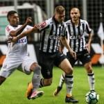 Santos empata com o Vitória e não encosta no Corinthians