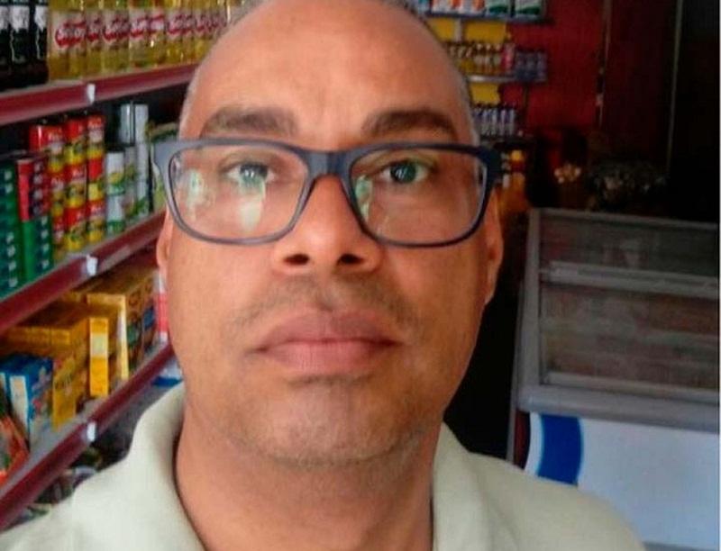 Jailson Mendonça, suspeito de matar a ex-companheira a facadas foi preso após tentar tomar veneno (Foto: Divulgação/Polícia Civil)