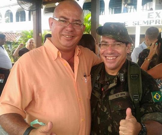 """Claudio Manoel Leite com Tenente Coronel """"Guarino"""" (Foto Claudio Leite)"""