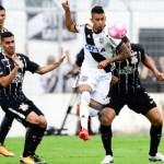 Com gols contra, Corinthians empata e amplia jejum antes do Derby