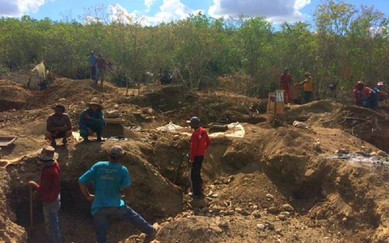 ANM fará diagnóstico do garimpo, para depois tomar as providências cabíveis (Foto: Dalton Soares/TV Bahia)
