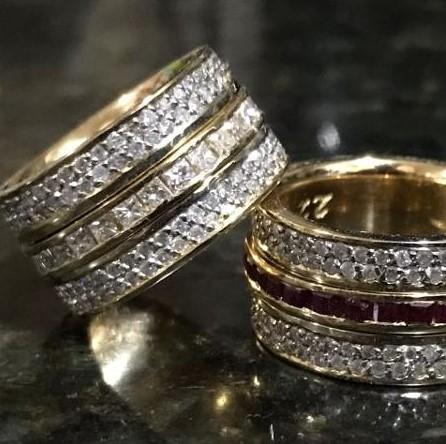 O casal usou alianças de R$ 90 mil em ouro,diamante e rubiArquivo Pessoal