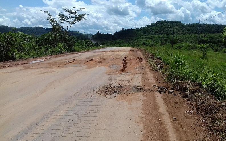 BR -163 – Motoristas não agüentam mais o caos na estrada e cobram providências (Foto Jornal Folha do Progresso)