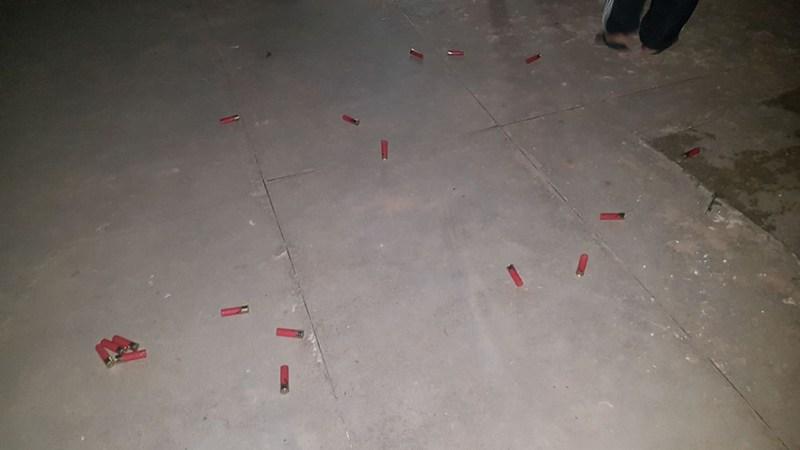 Cartuchos de armas de grosso calibre foram encontrados em toda a cidade. (Foto: Felype Admns/Diário do Pará)