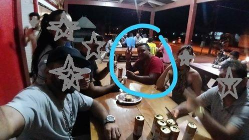 Amauri fez Self com amigos onde estava