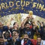 França goleia a Croácia e é bicampeã 20 anos após título em casa