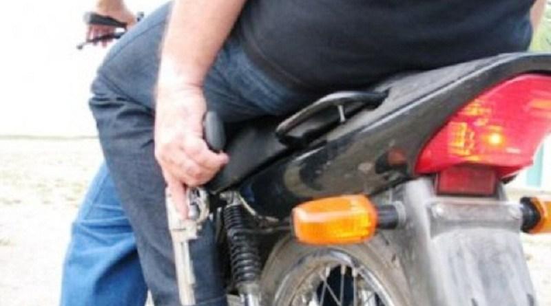 ladrao moto policia