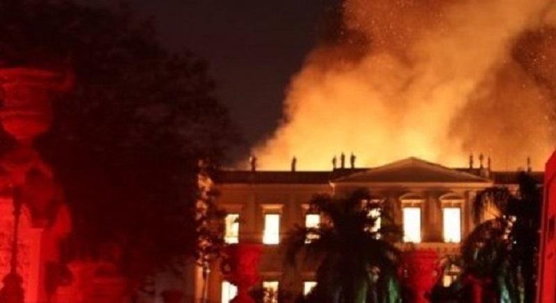 incendio-museu-nacional-02092018234208590