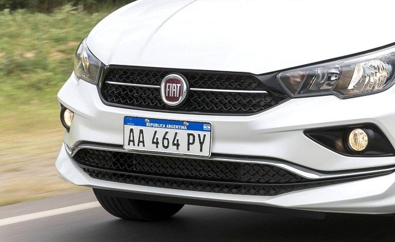 A Argentina já usa o padrão de placas do Mercosul (Divulgação/Fiat)